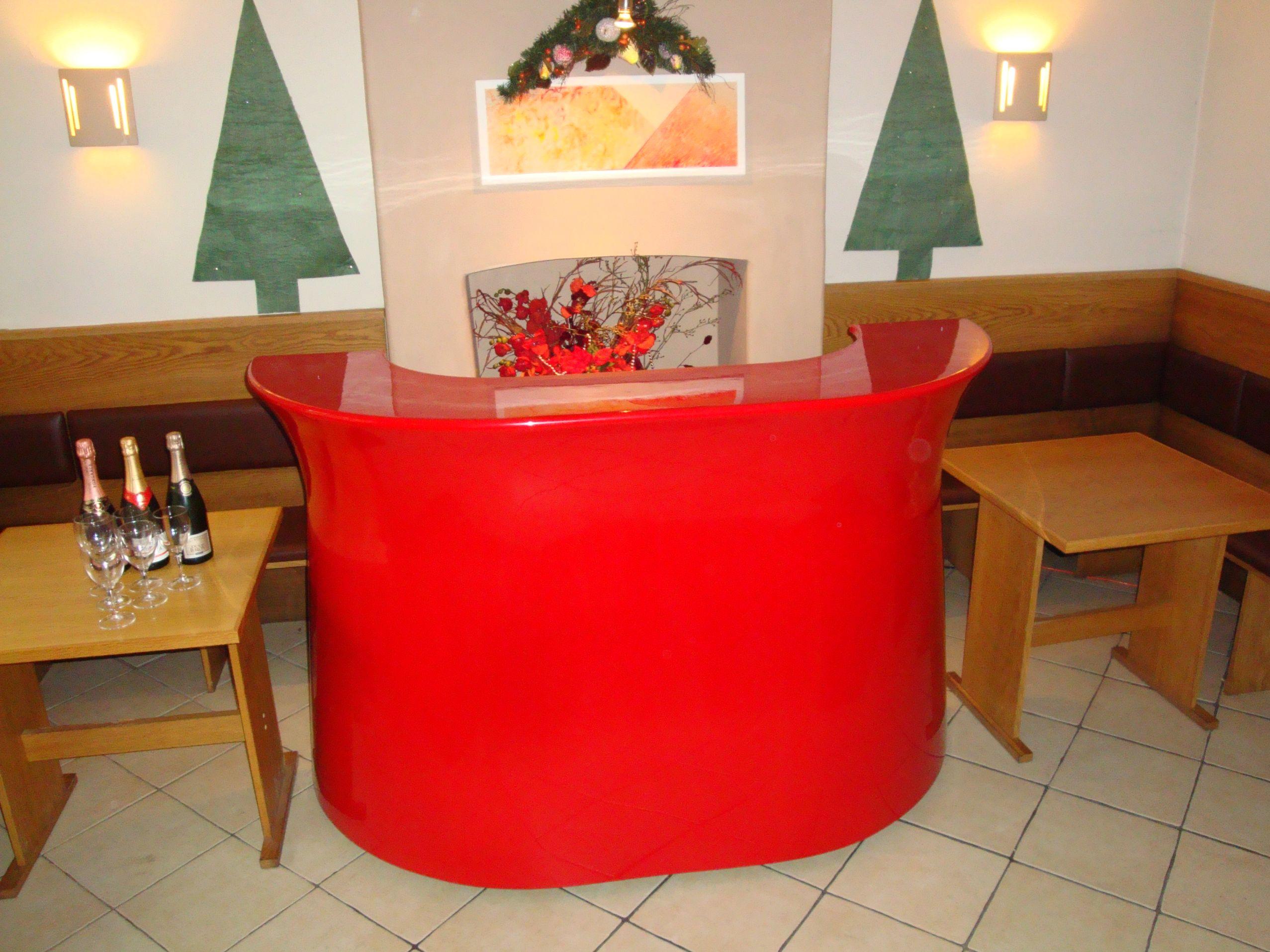 Mobile bar for Christmas - Oasis Mobile Bars